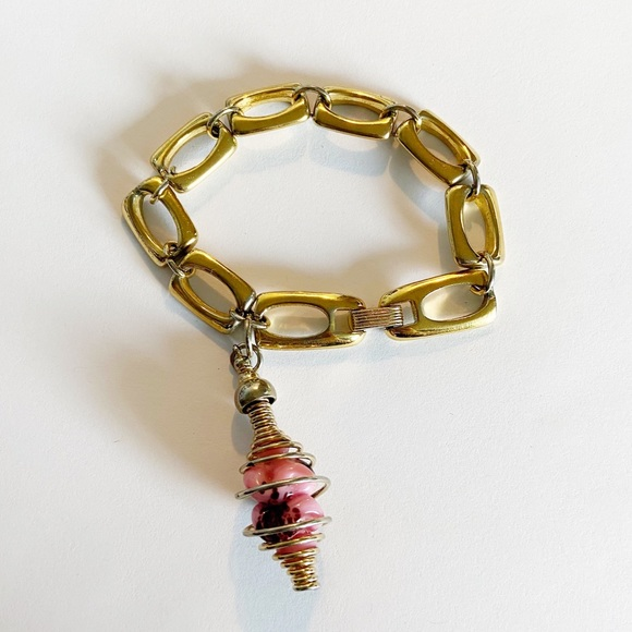 Large vintage crown Trifari gold bracelet large charm